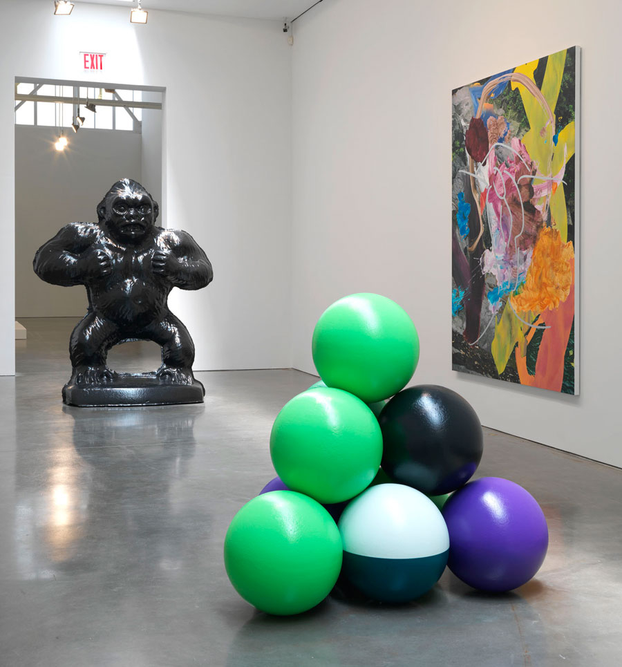 Coloring book by jeff koons - Koons Installation